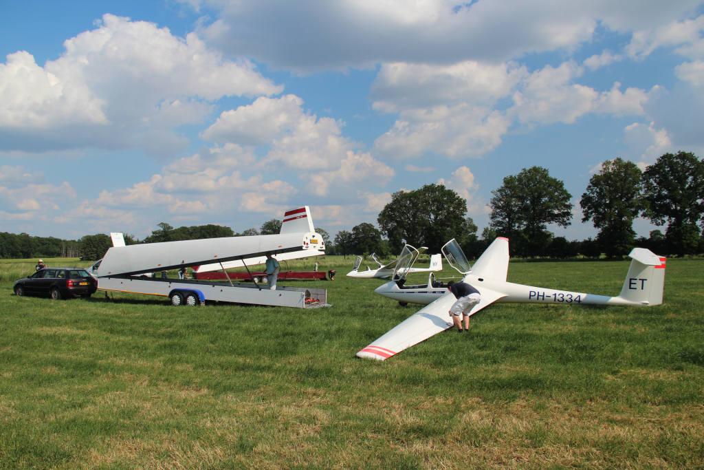 hoogte vliegtuigen teuge